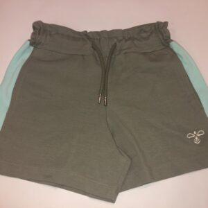 hummel shorts oliven