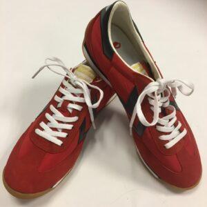 hummel sko rød med sort str. 42