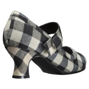Hvide håndsyede designersko fra Women Power Shoes